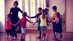 kids-training-bg-dances-4