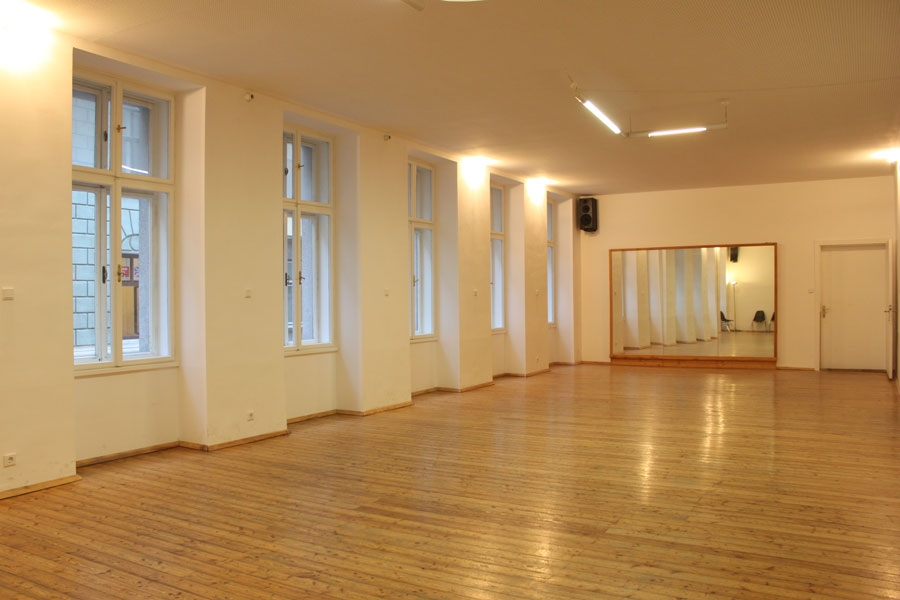 training-hall-1040-1